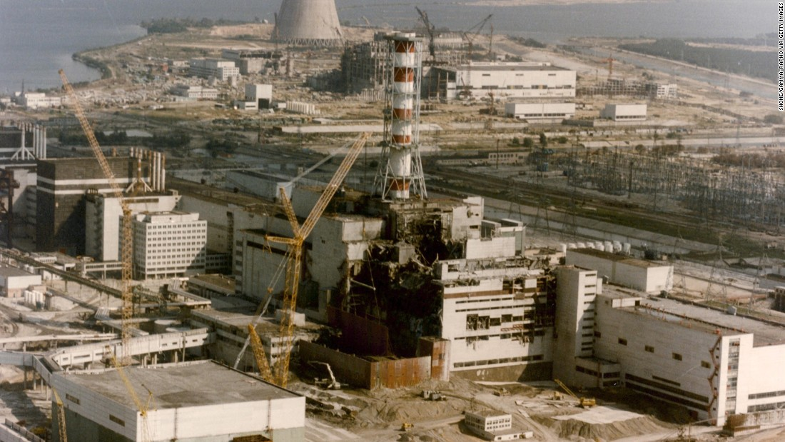 "<strong>Chernobyl meltdown:</strong> On April 26, 1986, a series of explosions within a nuclear power plant led to a partial meltdown in Ukraine. That accident, which killed 32 people, introduced the world to the town of Chernobyl, a name that's become inextricably linked to the specter of nuclear disaster. Ultimately, 2 million people were affected by the radiation produced by the <a href=""http://www.cnn.com/2013/08/18/health/helping-chernobyl-children/index.html"" target=""_blank"">explosion,</a> which was 400 times more powerful than the Hiroshima atomic bomb in 1945."
