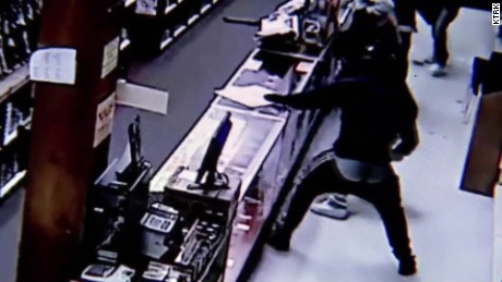Gun store burglary arrests Houston Texas pkg_00003312.jpg