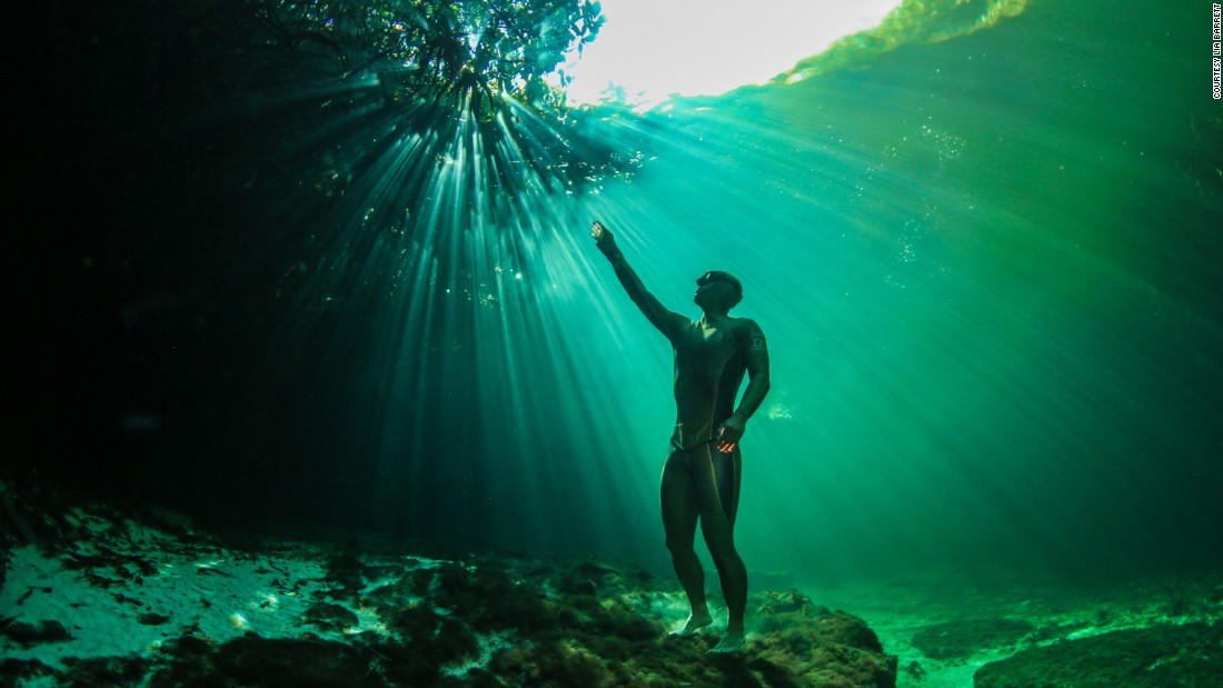 "World champion freediver Alexey Molchanov poses without the assistance of breathing equipment, in this ethereal underwater series by photographer <a href=""http://www.liabarrettphotography.com/"" target=""_blank"">Lia Barrett.</a>"