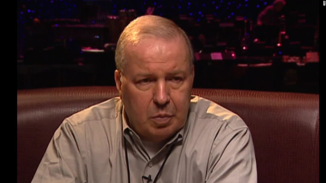 Frank Sinatra Jr. dies while on tour in Florida