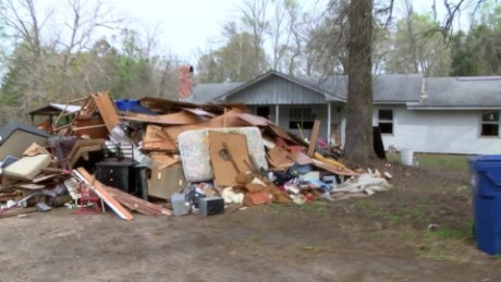 Severe Weather flooding Evans Louisiana pkg_00001801