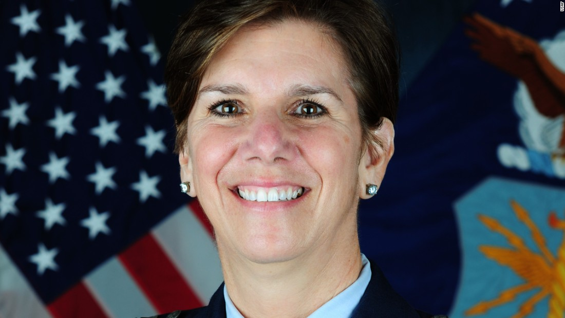 Obama to appoint first female combatant commander, Carter says