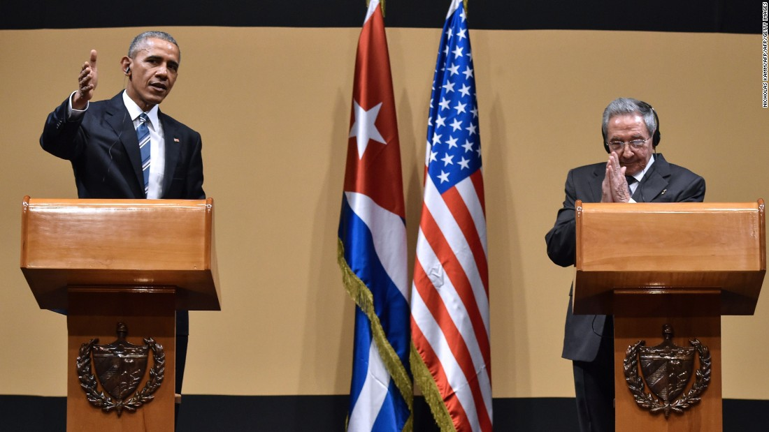 Obama tells Raul Castro: Cuban embargo is going to end