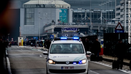People flee from deadly Brussels explosion