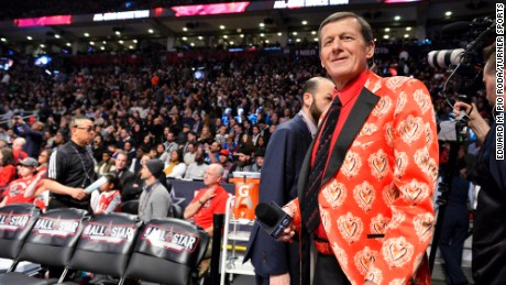 Craig Sager at the 2016 NBA All-Star Game in one of his trademark loud jackets.