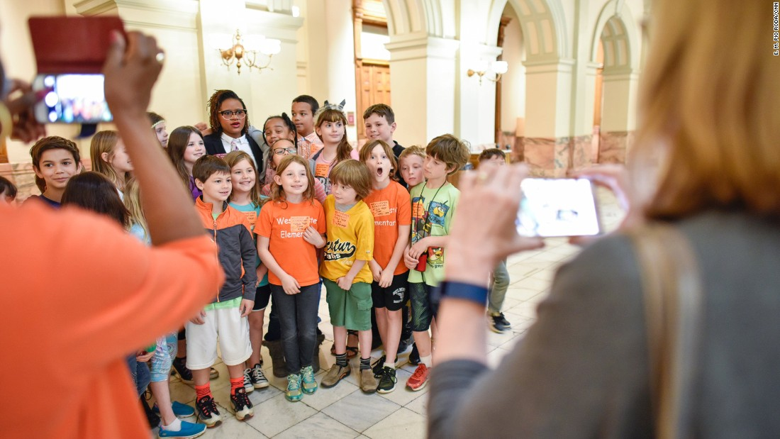 Cannon took questions about what a day in the life of a state representative is like. The students were eager to take a photo with her.