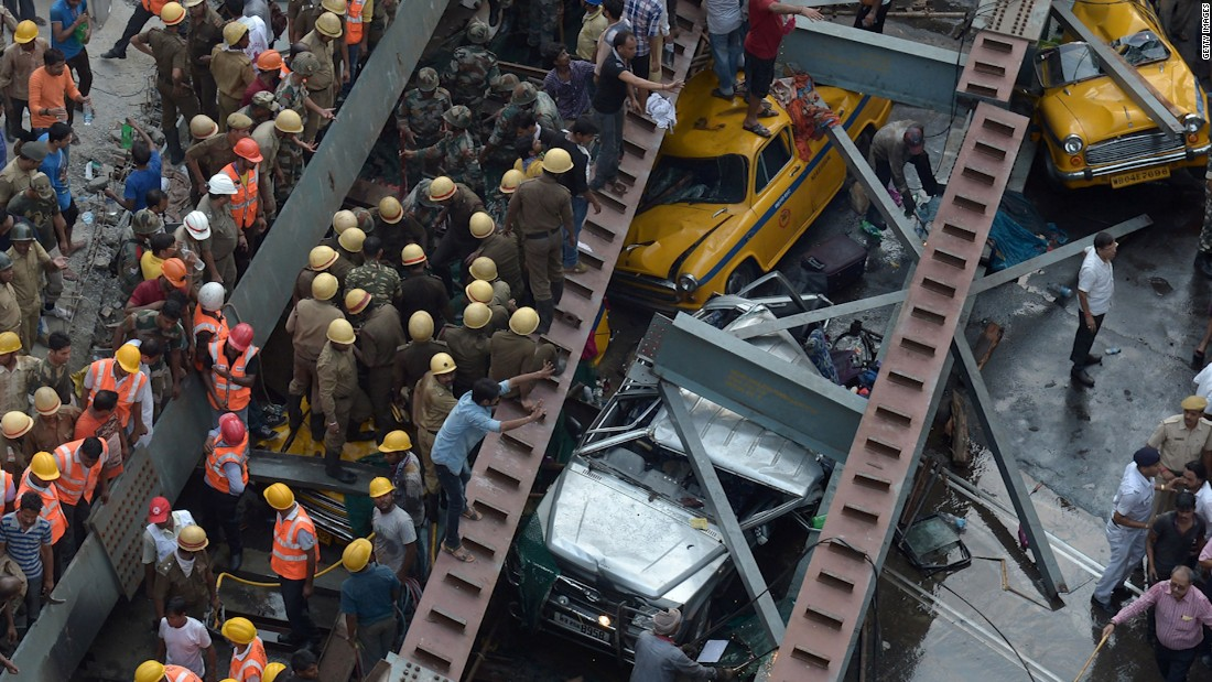 Kolkata overpass collapse kills 24; rescuers dig for survivors