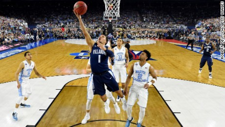 No. 1 Jalen Brunson of the Villanova Wildcats shoots the ball in the first half against the North Carolina Tar Heels during the 2016 NCAA Men's National Championship game on Monday in Houston.