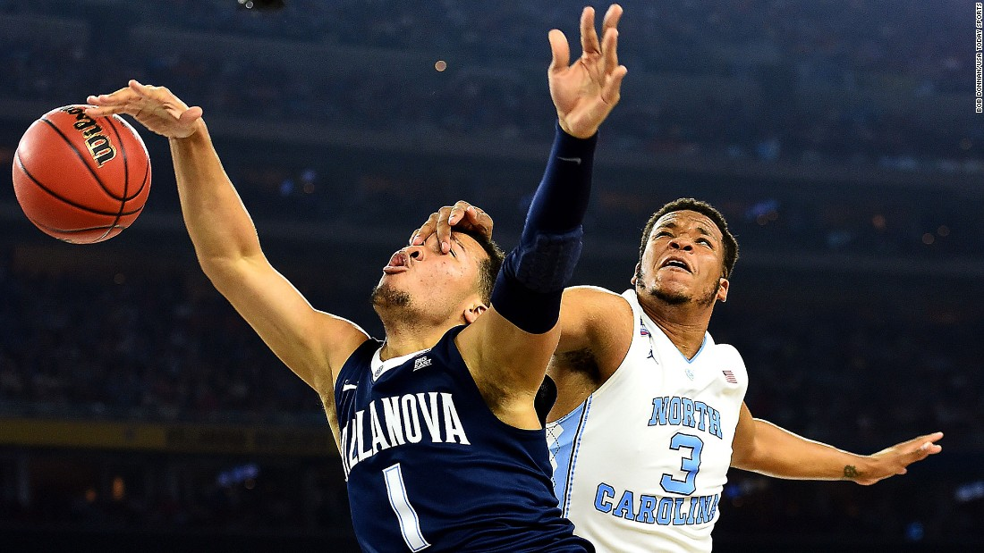Meeks comes down on Villanova guard Jalen Brunson.