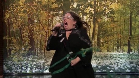 melissa mccarthy lip sync battle daily hit newday_00003716