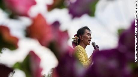 KAWHMU, MYANMAR - OCTOBER 24:  Aung Sun Suu Kyi, leader of Myanmar's National League for Democracy Party, campaigns in her constituency on October 24, 2015 in Kawhmu, Myanmar. (Photo by Lauren DeCicca/Getty Images)