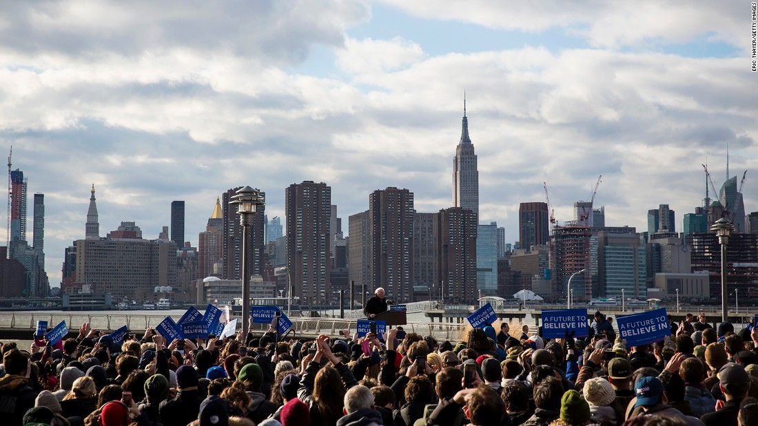 Occupy Wall Street rises up for Sanders