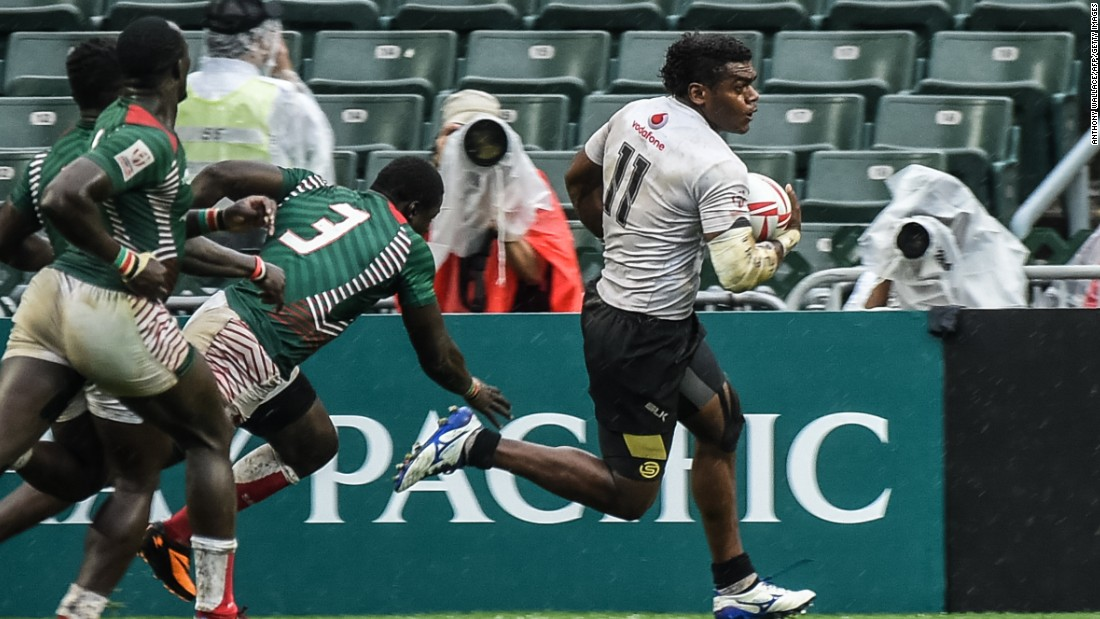 Fiji needed a last-gasp try to get past Kenya in the quarterfinals, scored by Savenaca Rawaca.