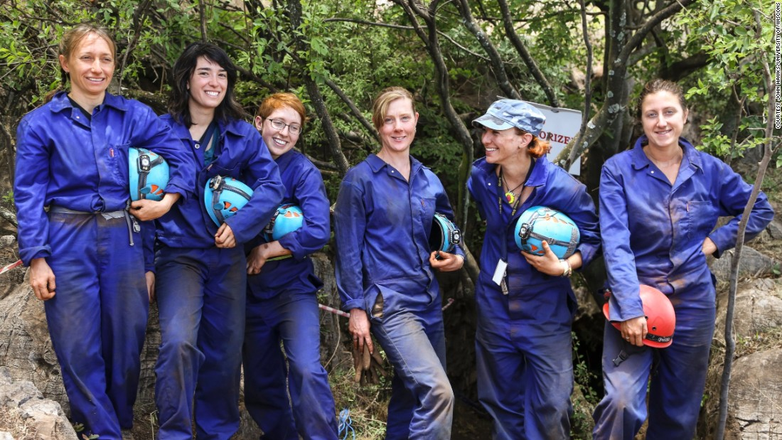 The Underground Astronauts : Becca Peixotto, Alia Gurtov, Elen Feuerriegel, Marina Elliott, Lindsay Hunter, and Hannah Morris. The six cavers helped uncover 1,500 fossils from Rising Star cave in South Africa.
