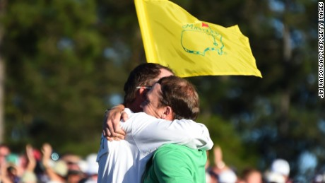 Willett posted an impregnable clubhouse lead at Augusta on Sunday.