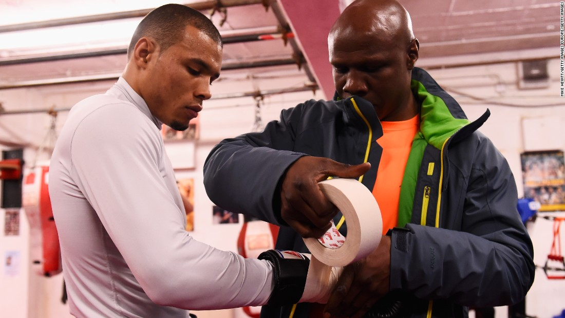 "Eubank Jr. believes it's up to referees to take the initiative in stopping a fight -- not the boxers.<br />""If you don't have that 'do or die' mindset you're never gonna make it,"" he said. ""So you can't ask the fighters to change. <br />""But the referees, or those in their corner, can stop the fight. Most fighters who are worth their salt will never give up. But if they're losing and their corner can see that, they can throw their towel in and that's it."""