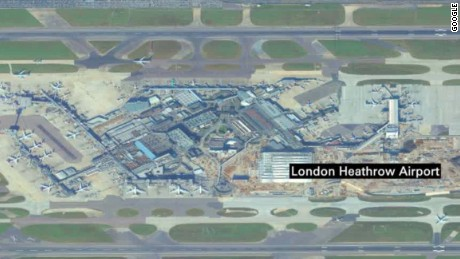 drone hits plane at london airport pleitgen newsroom_00003122.jpg