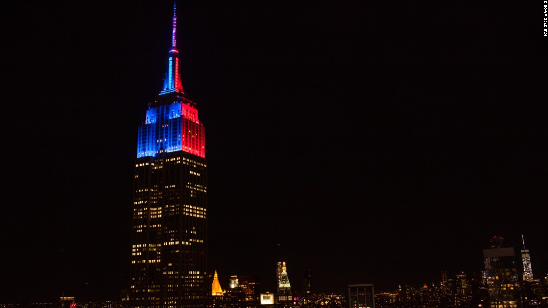 The Empire State Building is lit with red and blue lights following the 2016 New York Primary on April 19.