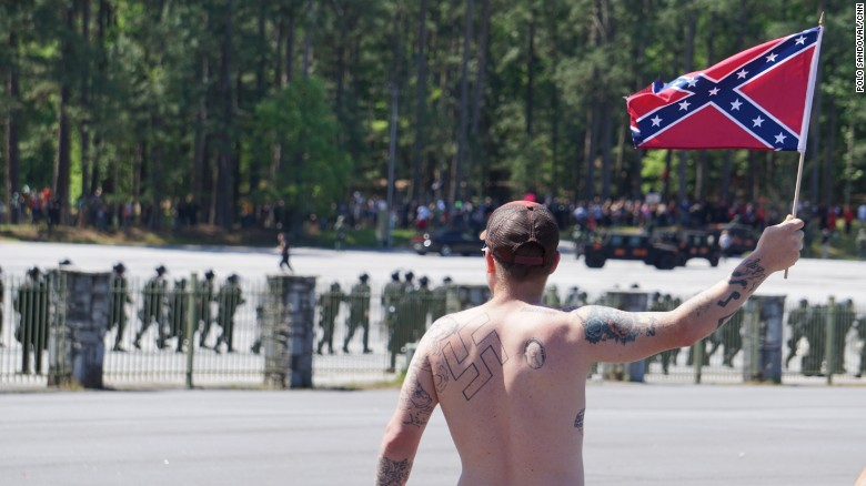 'Pro-white,' anti-KKK groups clash at Georgia landmark