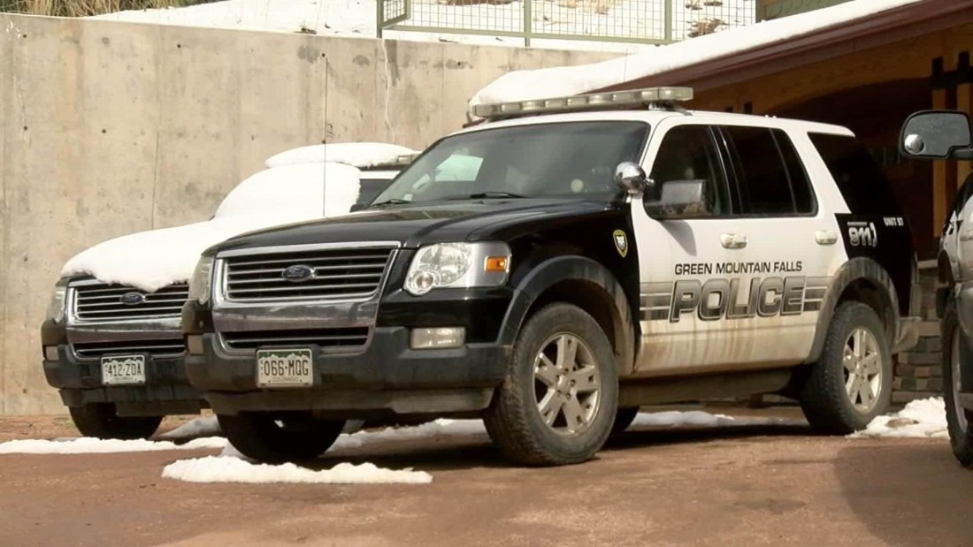 Colorado town's entire police department resigns