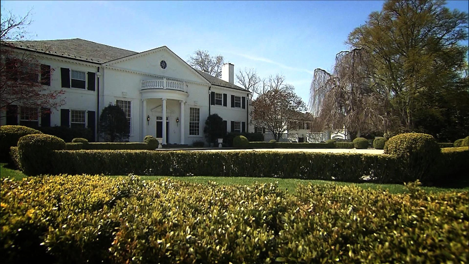 Donald Trumps former mansion on sale for million CNN Video