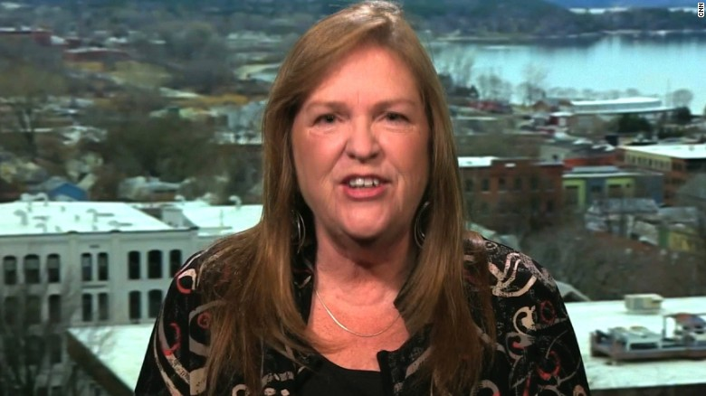 Jane Sanders urges Hillary Clinton to release speeches