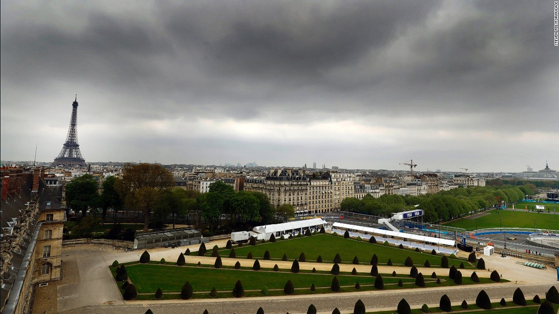 The race took place below gray skies but with the spectacular backdrop of the Eiffel Tower.