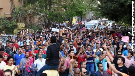 Egypt activist: Human rights situation worse than ever.