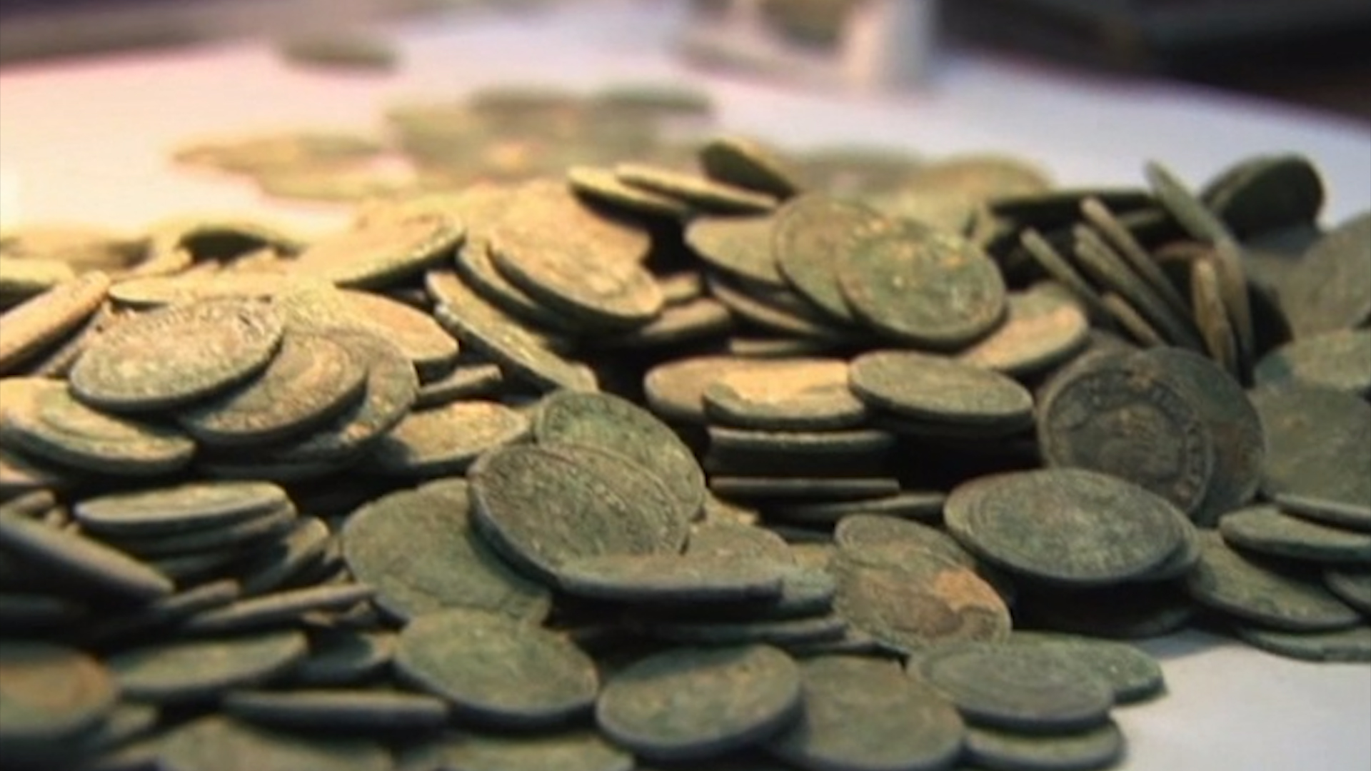 Hundreds of Roman gold coins found in basement of old theater - CNN