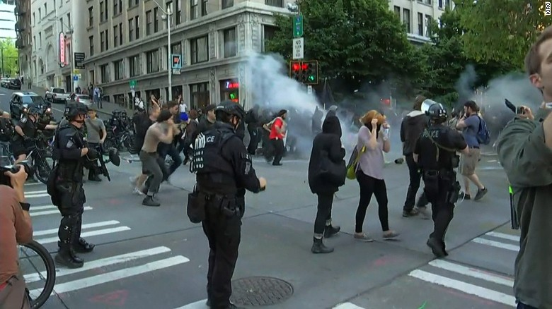 160502010525-seattle-may-day-clashes-exlarge-169.jpg
