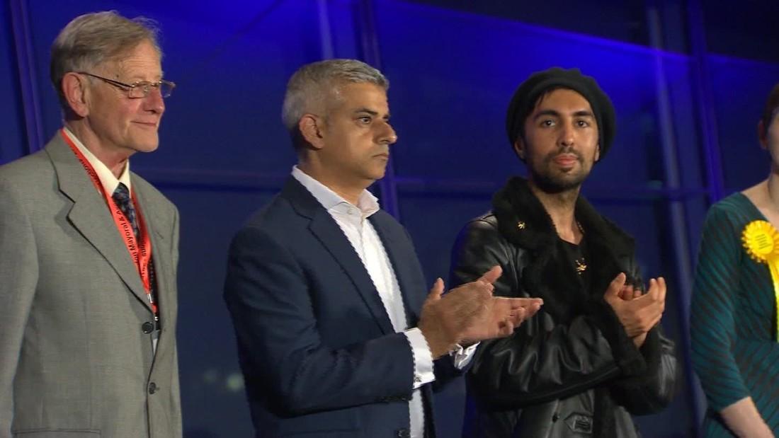 Clinton congratulates newly elected London mayor