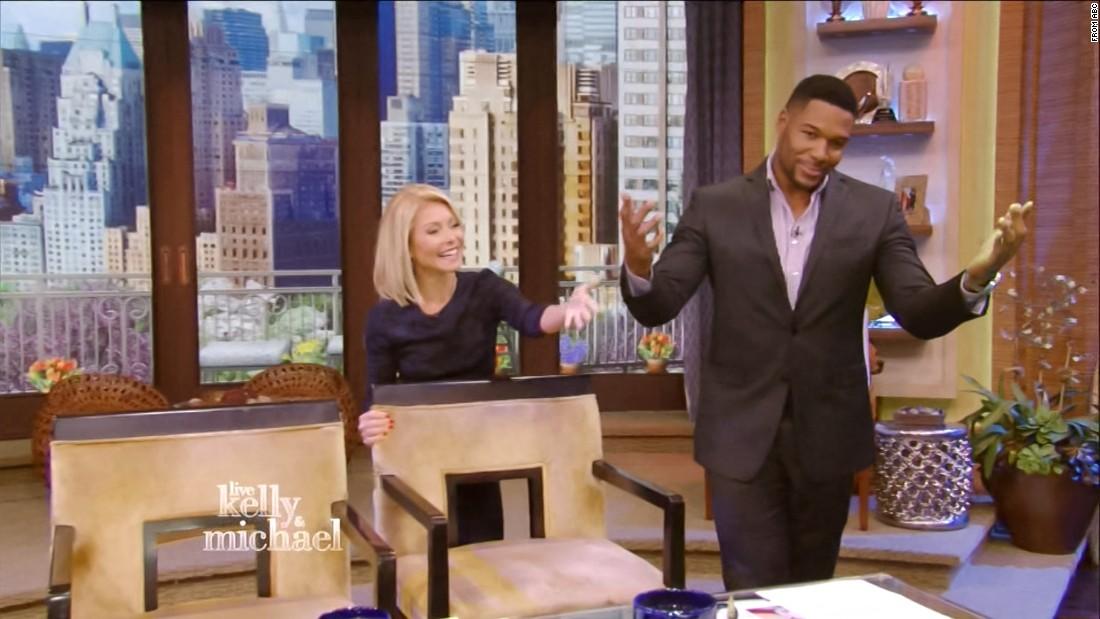 "#7. Former NFL star Michael Strahan made headlines with the announcement that he would be leaving ""Live with Kelly and Michael"" to take on a full-time gig at GMA. The decision had been in the works for several weeks but Ripa was among the last to know."