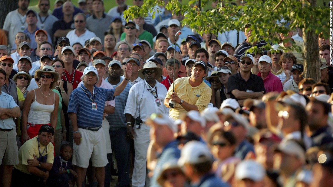 "Mickelson went into the 2006 U.S. Open at Winged Foot in Mamaroneck, New York, aiming for a third straight major title after victory in April's Masters as well as the U.S. PGA the previous summer. Roared on by an adoring crowd, ""Phil the Thrill"" grabbed a share of the lead after the third round and looked set for an overdue coronation."