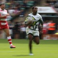 Carlin Isles blurry