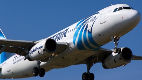EgyptAir: Distress signal in vicinity of missing plane