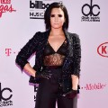 05.billboard music awards red carpet