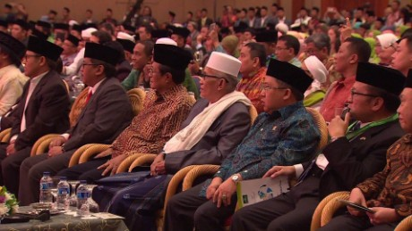 Indonesian Muslims denounce Islamist extremism