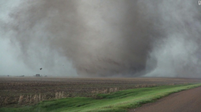 Massive tornadoes touch down in Kansas
