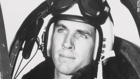 Capt. Tom Hudner returns to North Korea