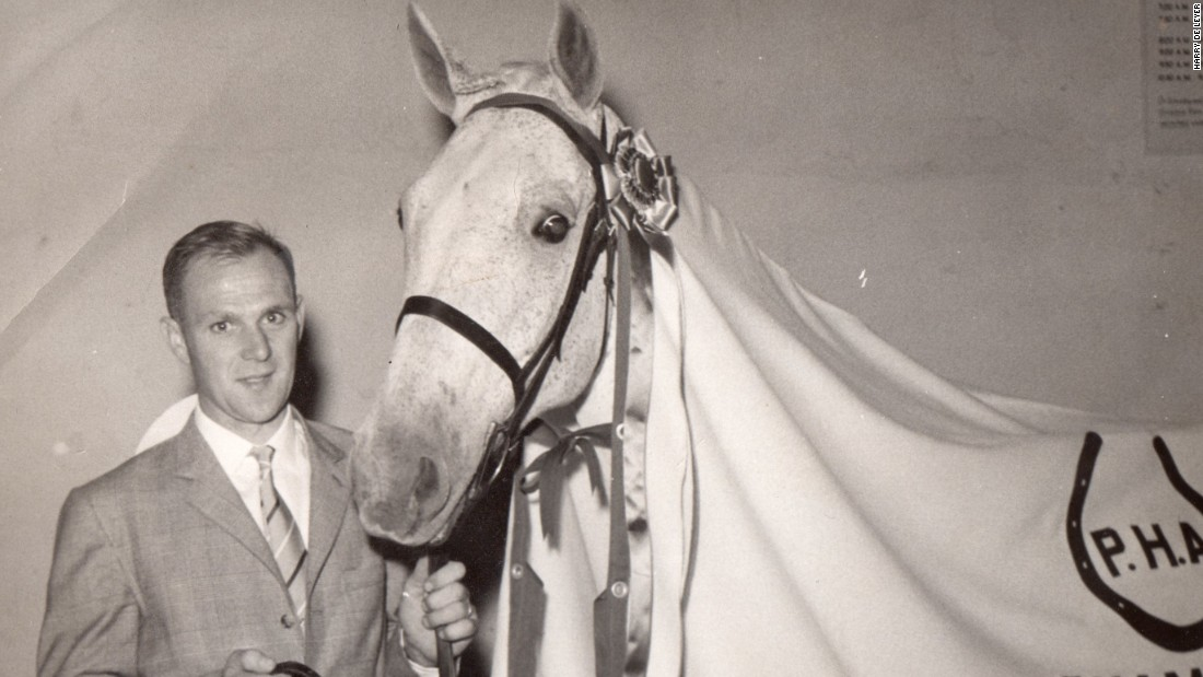 But Snowman happened to be a superb jumper and just two years later went on to beat America's best horses at Madison Square Gardens.