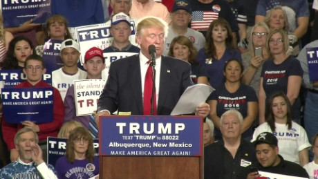 donald trump criticizes gov martinez_00001601