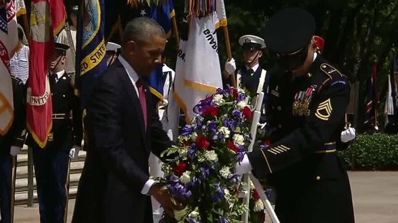 obama memorial day wreath tomb of the unknown soldier lv_00010711