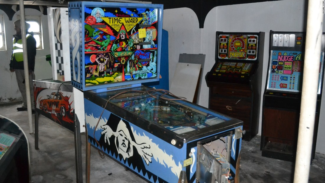 Back inside the cruise liner, the blue Vintage Time Warp pinball machine looks tempting enough but is unplugged and definitely out of action.