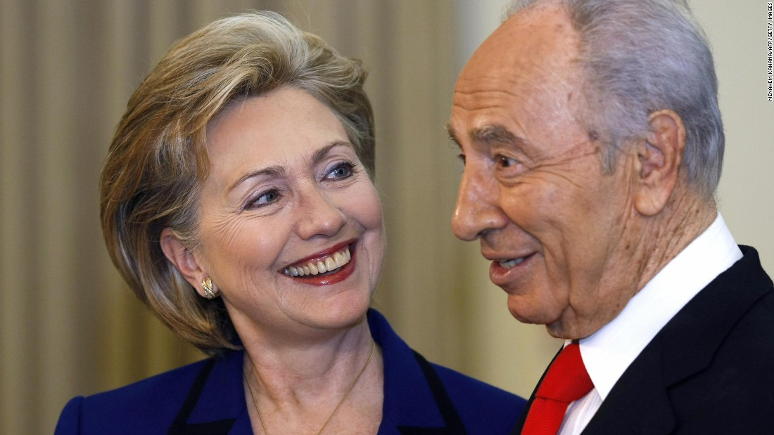 Israeli President Shimon Peres meets with Clinton at the president's residence in Jerusalem on March 3, 2009.