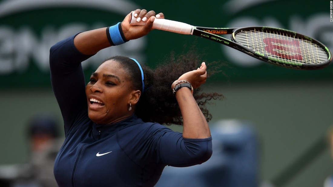 After an early scare, world No. 1 Serena Williams overcame Yulia Putintseva of Kazakhstan to reach the semifinals of the French Open.