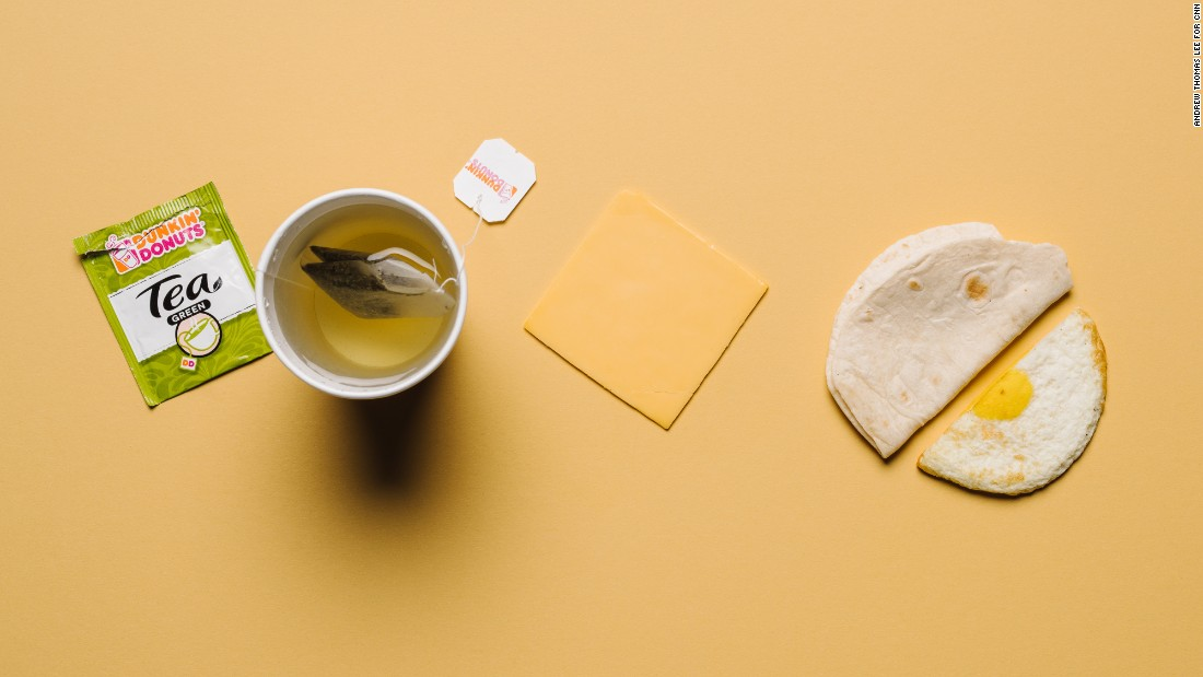 Low carbs at Dunkin' Donuts? It's doable if you stick with the egg and cheese Wake-Up Wrap, with only 13 grams of carbohydrates. Green tea is a carb-free antioxidant-rich caffeine boost.
