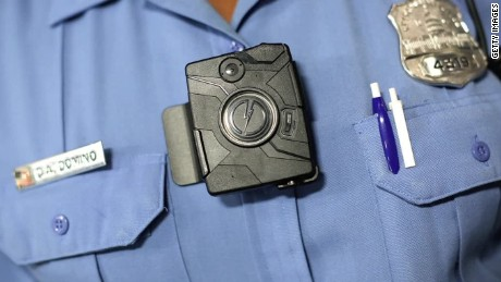 Minneapolis police shooting exposes flaws of body cameras