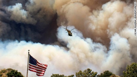 Smoke clouds from the wildfire loomed in Duarte, California on Monday.