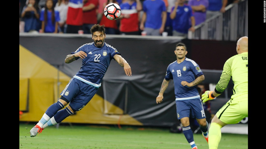 Ezequiel Lavezzi opened the scoring in the third minute, heading a Messi pass over American goalkeeper Brad Guzan. The match was played in front of more than 70,000 fans in Houston.
