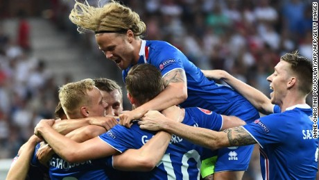 Kolbeinn Sigthorsson fired home the winner for Iceland to secure a famous victory.